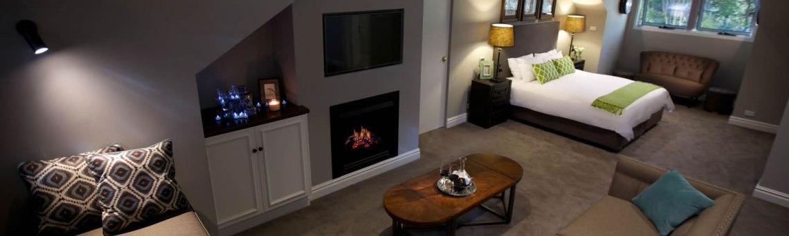 parklands-accommodation-loft-room-lounge.jpg
