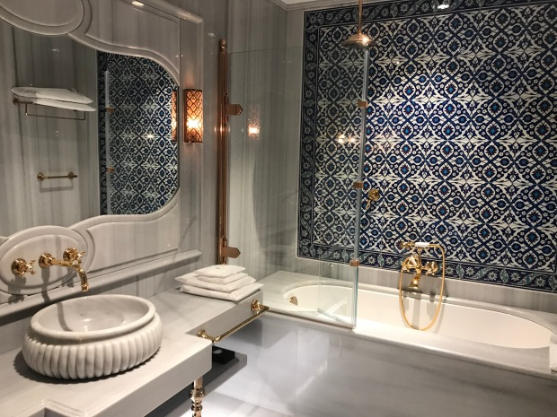 bathroom in ajwa hotel sultanahmet istanbul